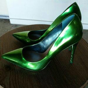 Aldo Crew emerald Green pumps 10